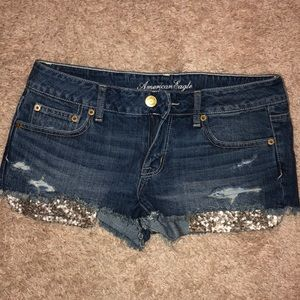 American Eagle jean shorts gold glitter pockets 8